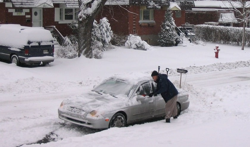 how to get a car unstuck from snow