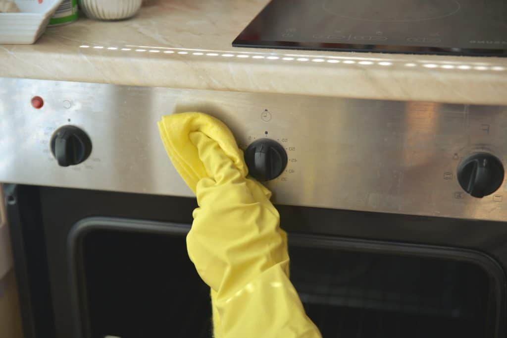 Spring Cleaning The Kitchen Checklist [Simple Yet Effective] 1