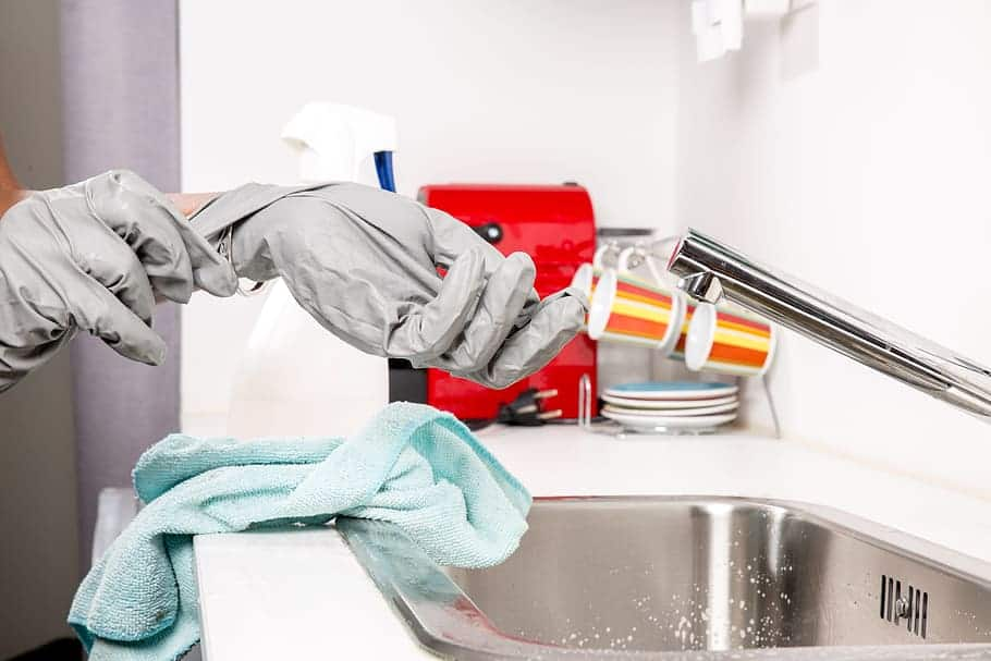 Spring Cleaning The Kitchen Checklist [Simple Yet Effective] 3